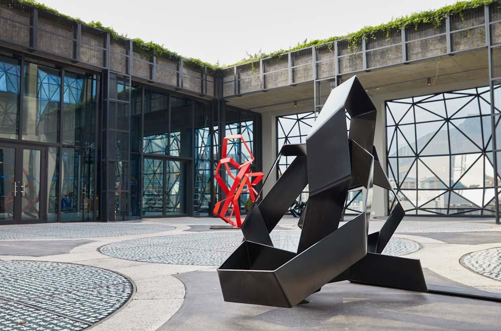 Skulpturengarten auf dem Dach des MOCAA