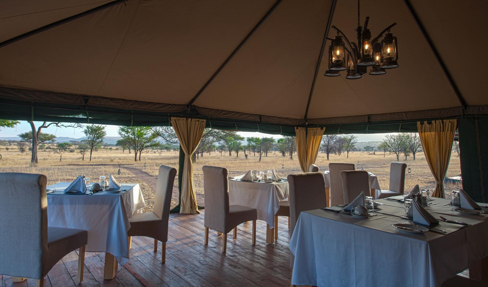 Nimali Central Serengeti Dining Area